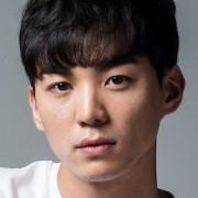 Kang Da Bin